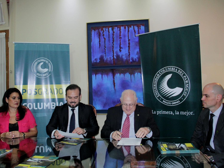 Firma de Convenio entre la Universidad Columbia y la Asociación de Agentes Fiscales del Paraguay