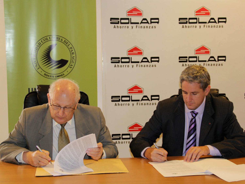 Solar y Columbia firman convenio de alianza